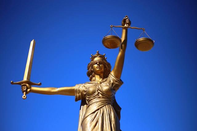 Жалоба на сотрудника ГИБДД и его действия - в прокуратуру, суд, куда пожаловаться, образец