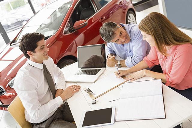 Обязательно ли страхование жизни при автокредите?