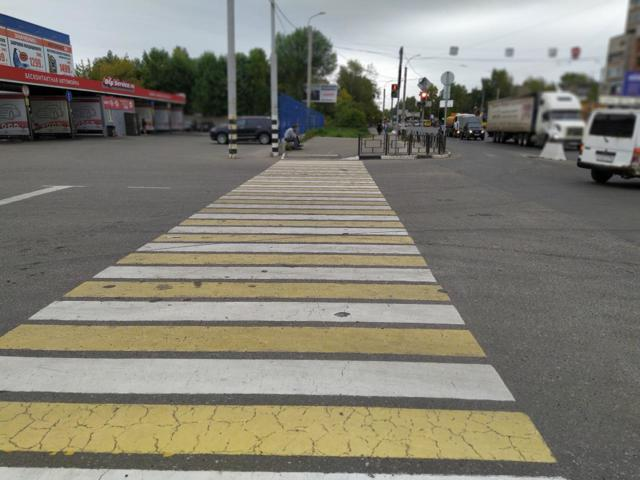 Обгон на пешеходном переходе: разрешен ли обгон, штраф за обгон