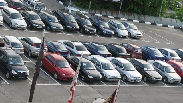 Продажа автомобиля через автосалон: порядок, правила, документы, плюсы и минусы