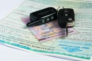 В каких случаях и за что эвакуатор имеет право забрать машину на штрафстоянку?