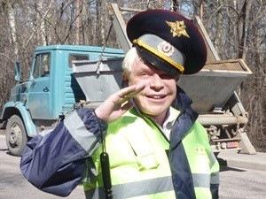 Правила общения с инспектором ГИБДД - памятка водителю, секреты общения и типичные ошибки