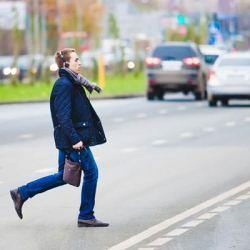 Не пропустил пешехода - какой штраф, как доказать свою невиновность?
