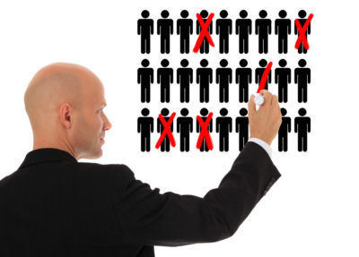 Увольнение работающего пенсионера при сокращении штата - какие при этом выплаты положены?