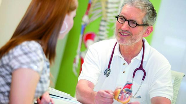 Смена поликлиники - как открепиться от одной и прикрепиться к другой?