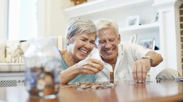 Возможно ли получение страховой части пенсии единовременно и почему?