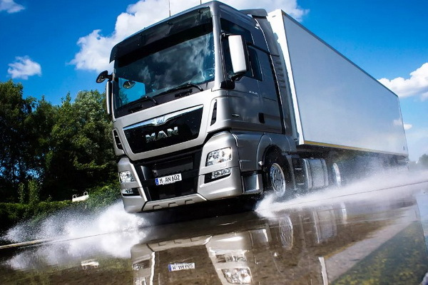 Регистрация грузового автомобиля в ГИБДД: порядок, правила, документы