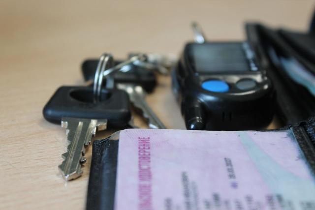 Лишение прав за выезд на встречную полосу - спорные моменты