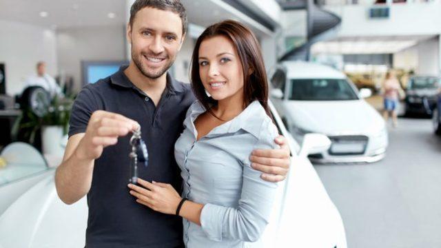 Переоформление автомобиля супруга или другого родственника - возможные способы