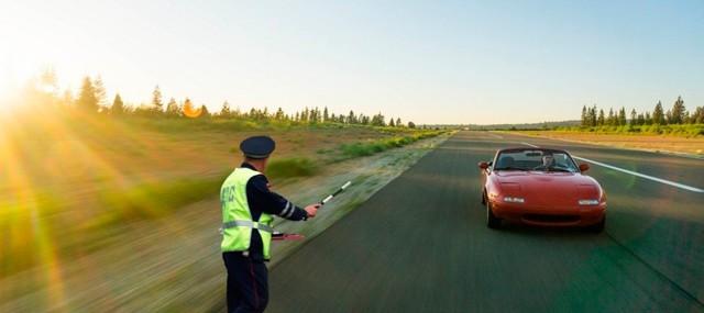 Сколько можно ездить на автомобиле без номеров, как ездить без номеров законно?