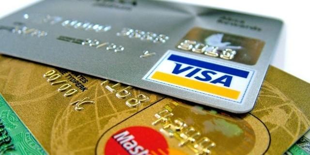 Доставка и получение пенсий пенсионерам: через почту, банк, на дом, что выбрать