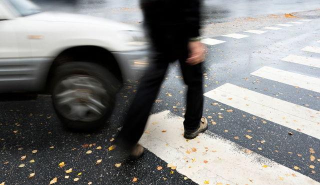 Какое наказание грозит водителю, если сбил пешехода на пешеходном переходе?