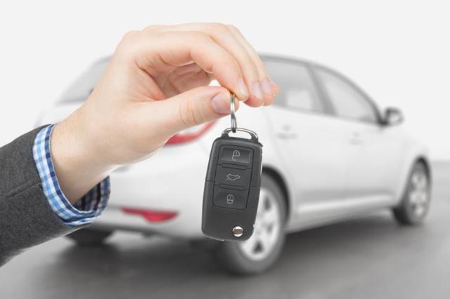 Продал машину, а штрафы приходят - что делать и куда обращаться