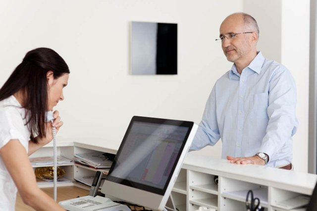 Оформление СНИЛС на работника (в т.ч. иностранного): особенности оформления, требуемые документы, сроки оформления