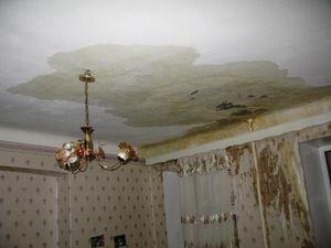 Затопили соседи сверху - что делать, куда обращаться, как возместить ущерб?