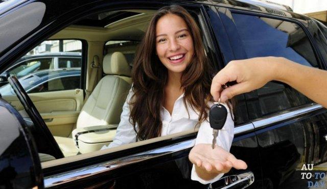 Начисляется ли транспортный налог на авто зарегистрированный на несовершеннолетнего?