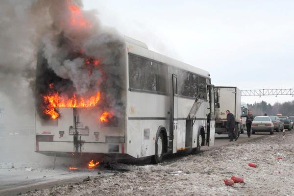 Аптечка и огнетушитель в автобусе - сколько должно быть по закону?
