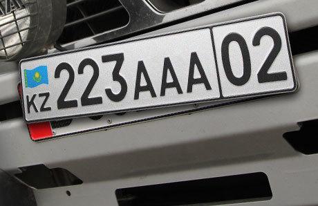 Езда без номеров: штраф и лишение прав за езду без номерного знака