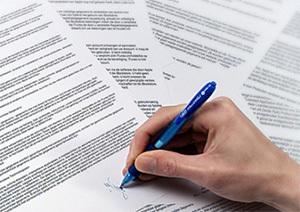 Договор ОМС страхования: содержание, правила заполнения, виды договоров