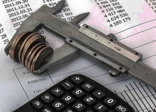 Какие льготы полагаются пенсионерам в 2020 году: налоговые, на лечение, коммунальные, работающим пенсионерам