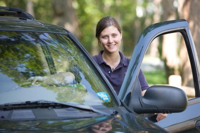 Как поставить автомобиль на учет без автомобиля и нужен ли он при переоформлении?