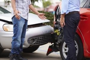 Что делать если у пострадавшего в ДТП нет полиса ОСАГО?